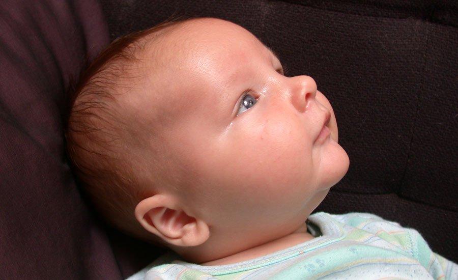 Cita con el pediatra: bebé de 3 meses