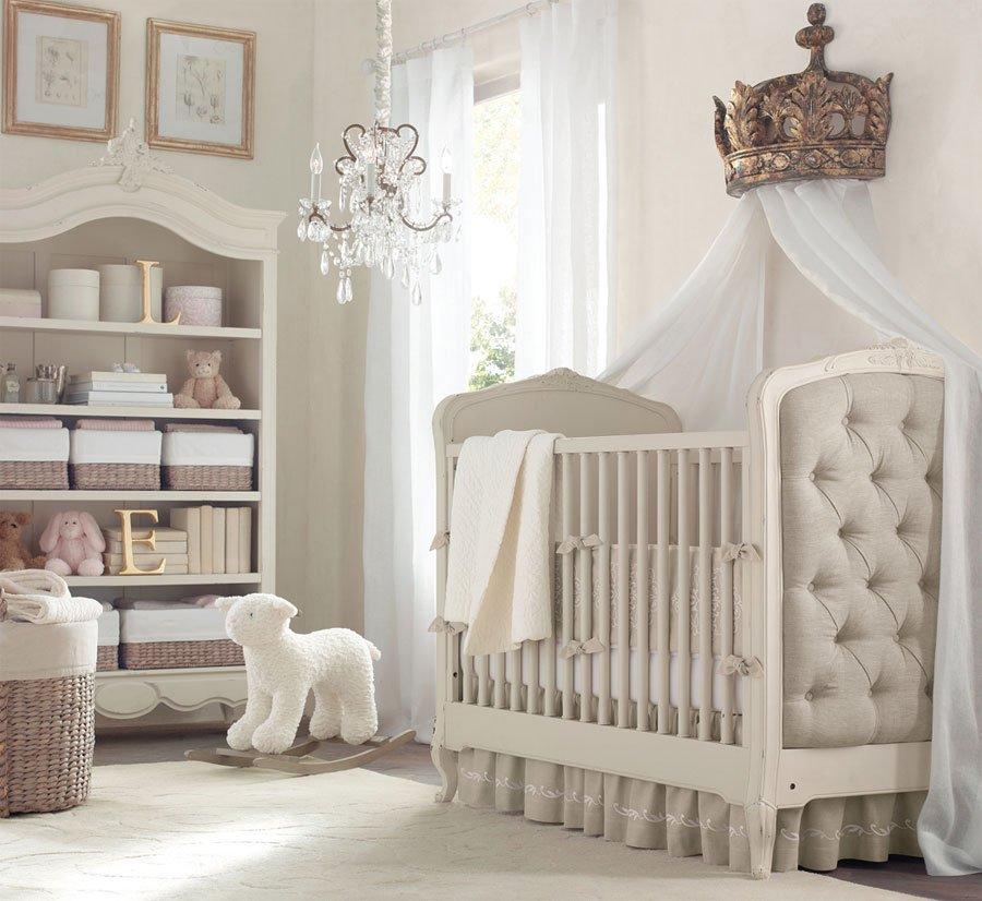 Habitación para bebés en blanco