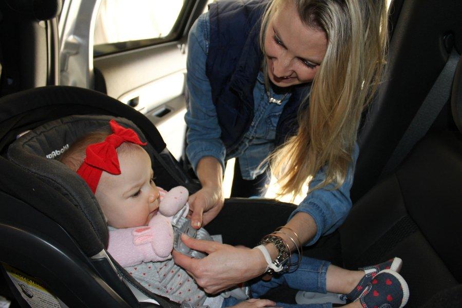 Viajar en coche: consejos para un viaje feliz