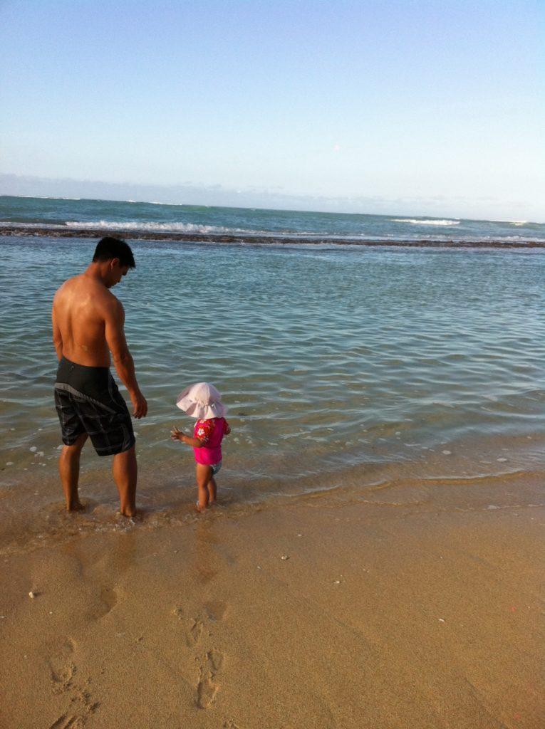 Vacaciones infantiles: ir a la playa con bebés